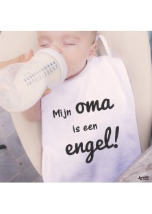"Slabbetje ""Oma Is Een Engel"""